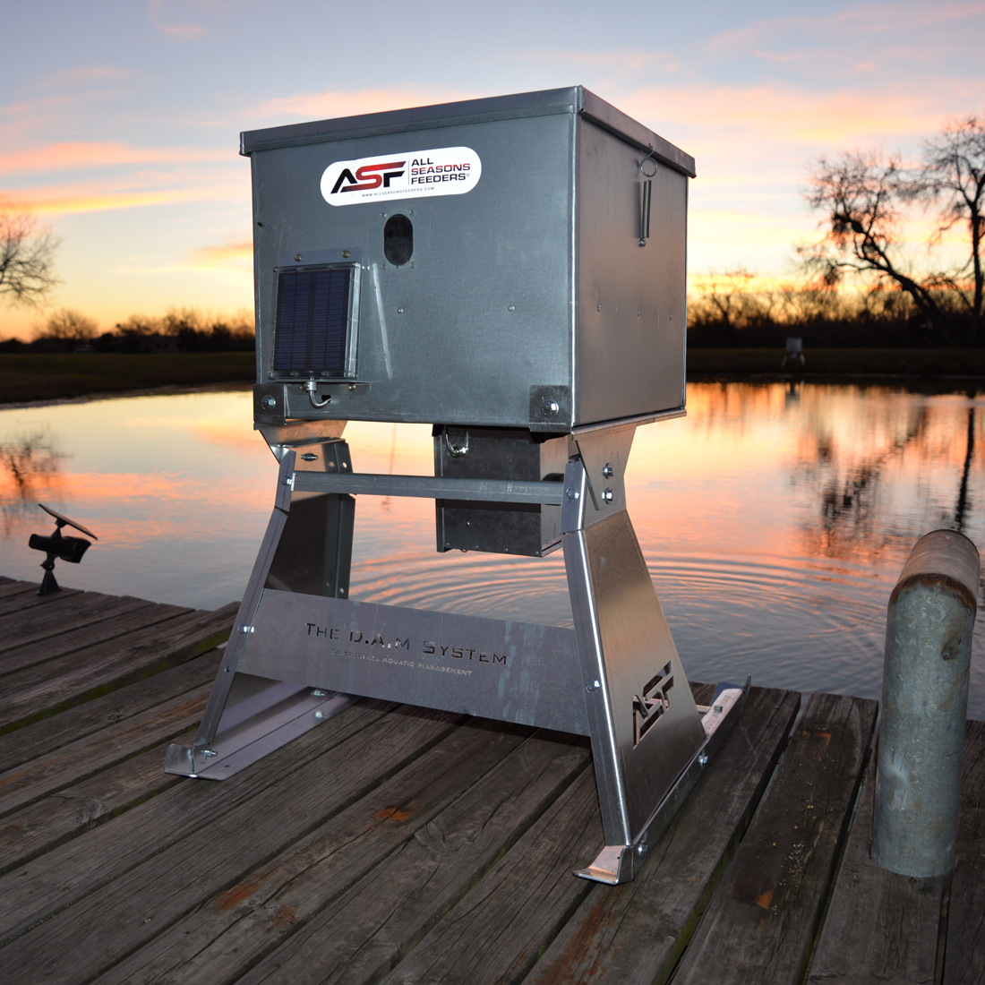All seasons feeders products cast and bang outfitters llc for Auto fish feeder